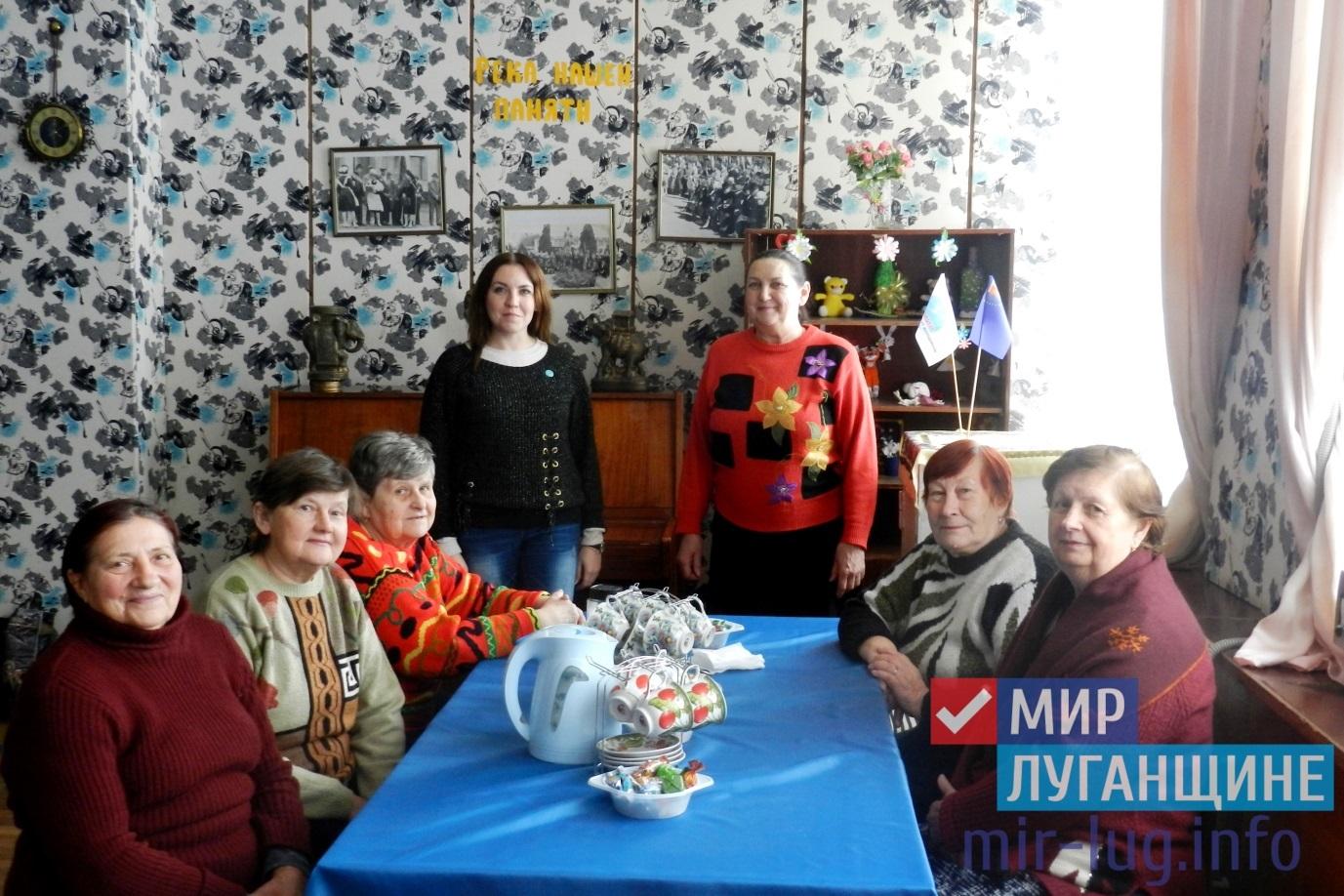 Русские посиделки прошли среди ветеранов поселка Металлист 1