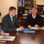 Министр образования провел личный прием граждан в Стаханове