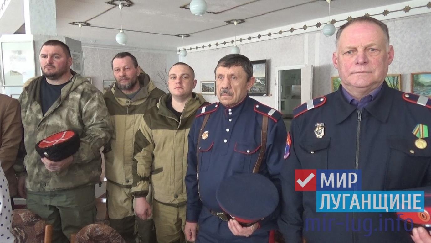 Познавательная экскурсия по случаю празднования годовщины «Русской весны» прошла в Кировске 1