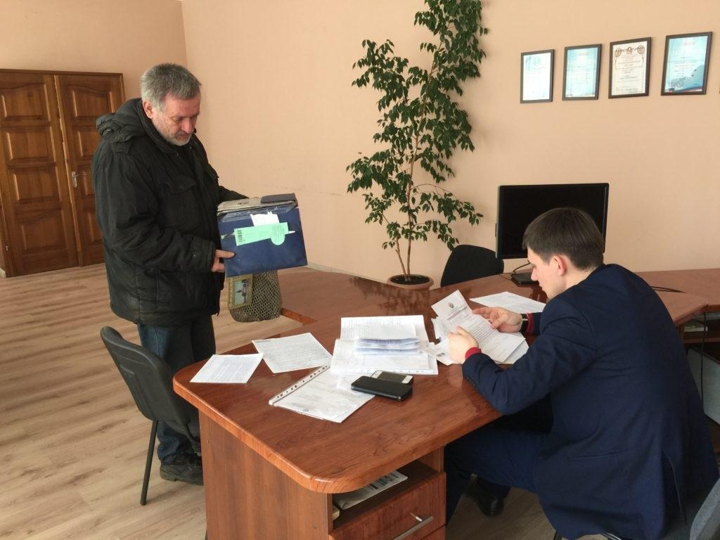 В Лутугино, Первомайске и Алчевске депутаты Народного Совета провели личные приемы граждан 1