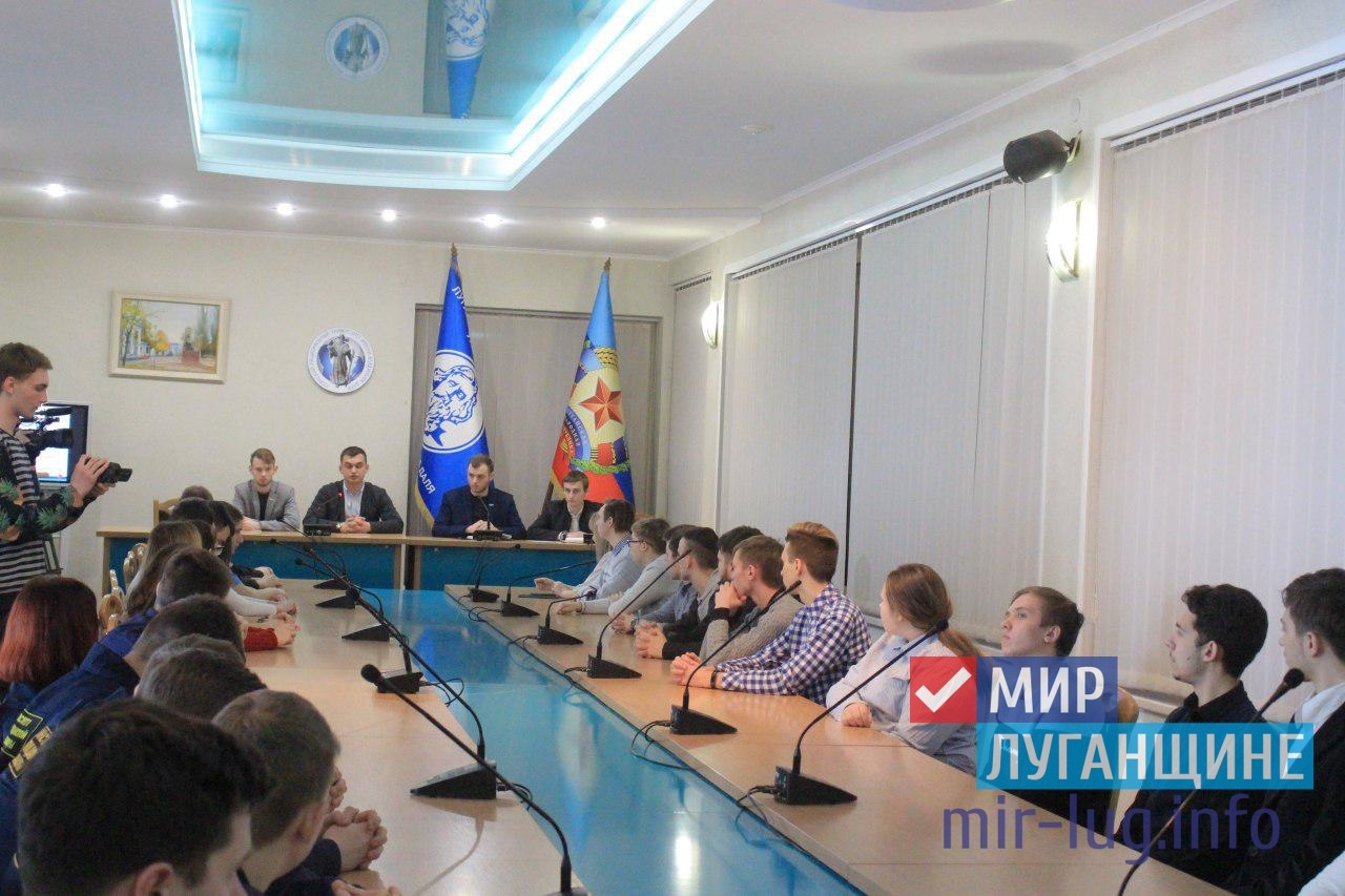 Оргкомитет Молодежного Парламента продолжает проводить встречи со студентами Республики 1