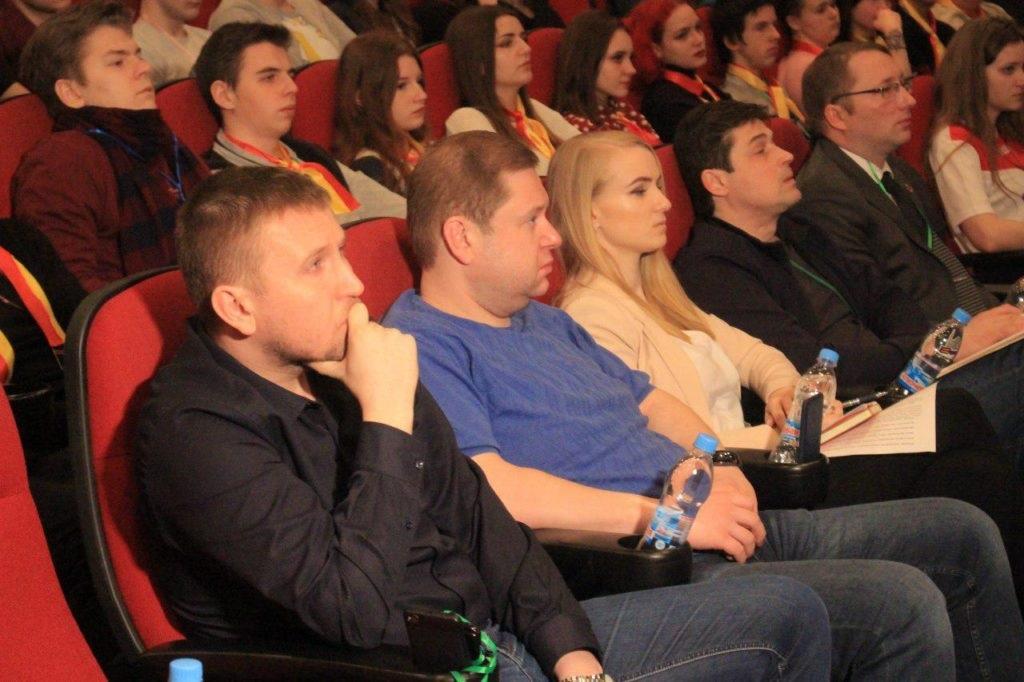 Наследники Победы: В Луганске прошел молодежный форум 2