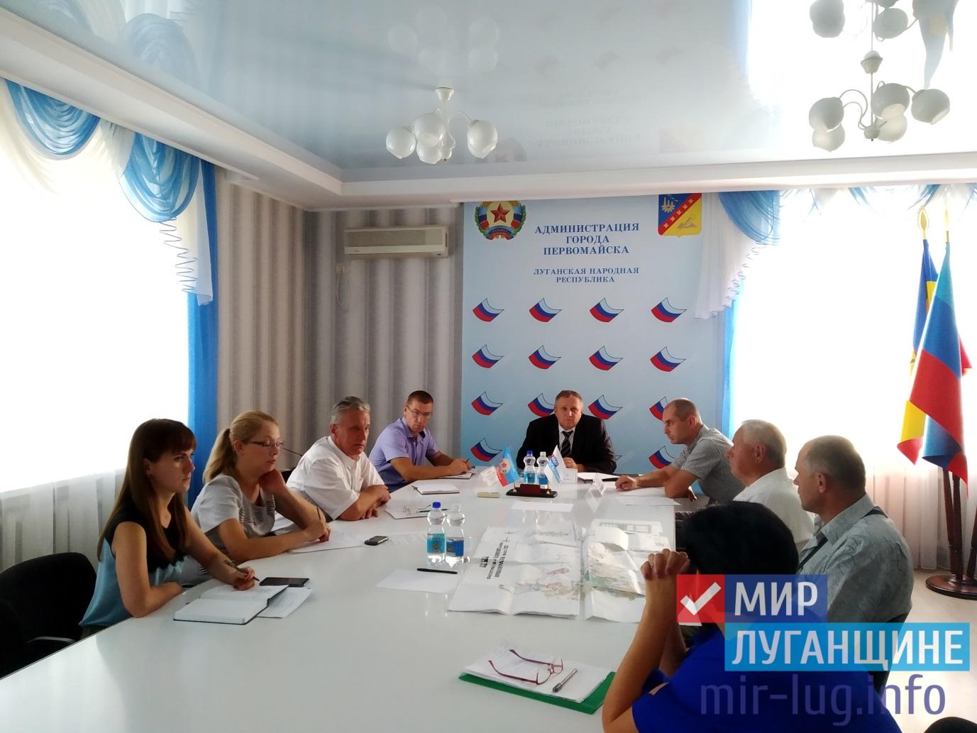 Юрий Дегтярев провел личный прием в Первомайске 1