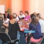 Министр экономического развития ЛНР встретилась с жителями Перевальска
