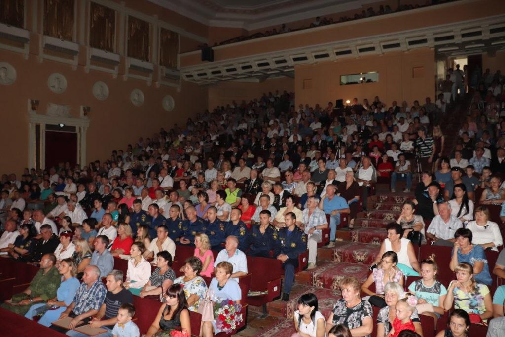 День города и День шахтера торжественно отпраздновали в Стаханове 2