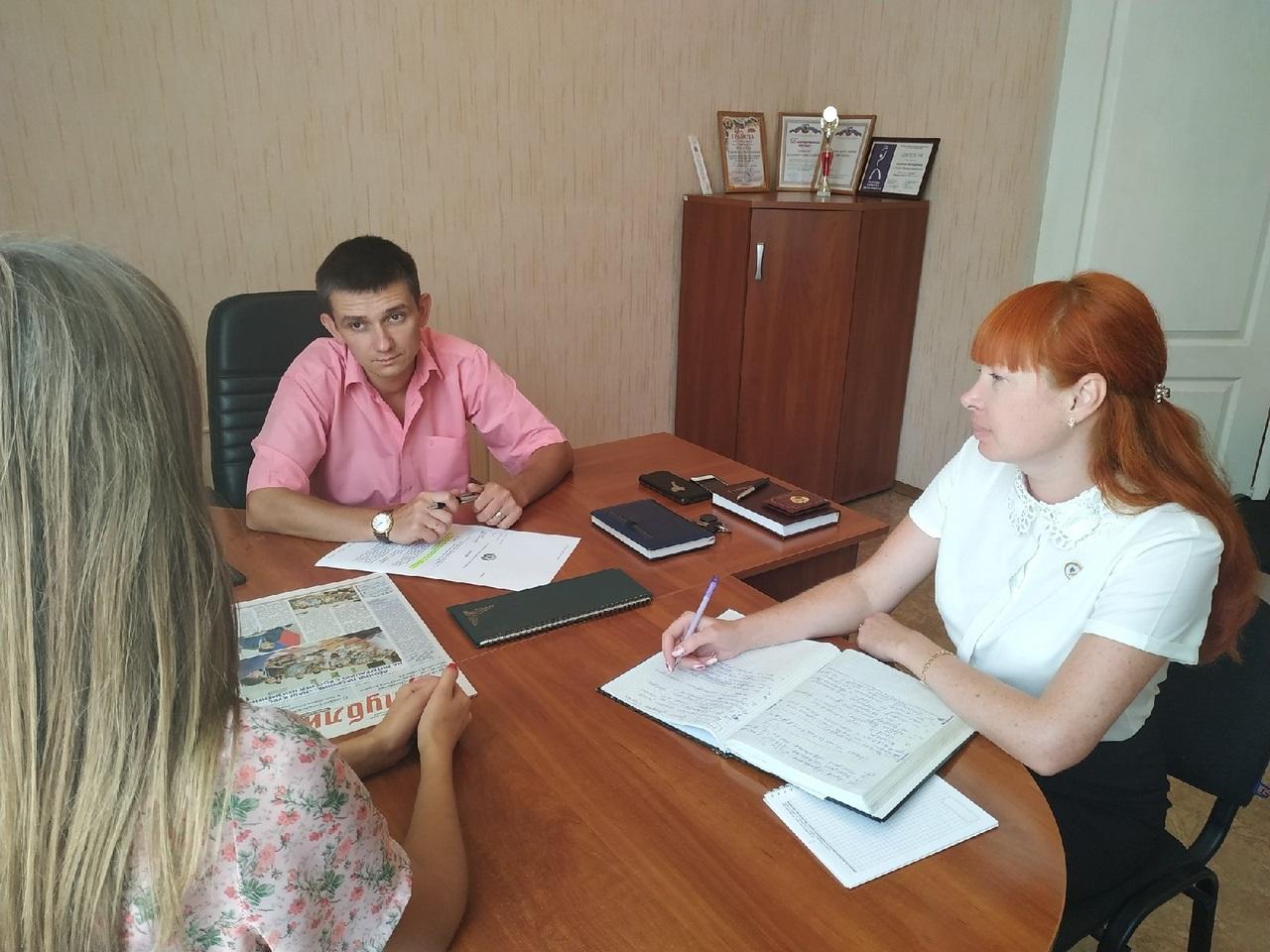 Депутат Народного Совета ЛНР встретился с жителями Перевальска 1