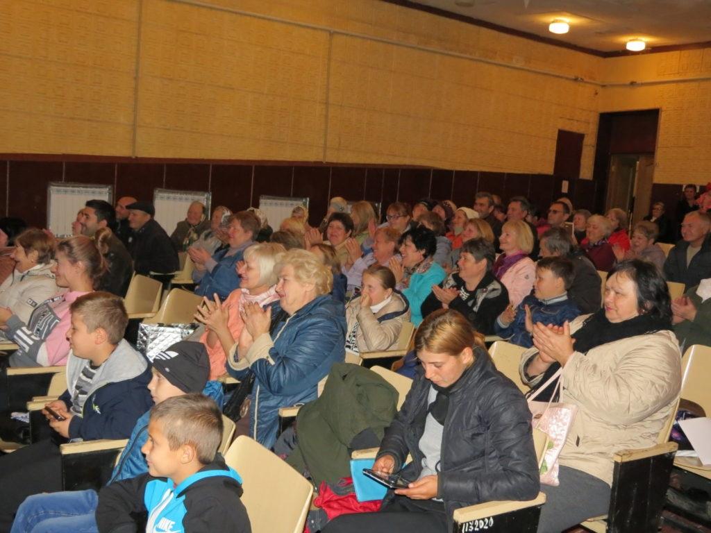 Активисты Брянковского первичного теротделения «Сабовка» организовали праздник в честь 200-летия поселка Сабовки 3