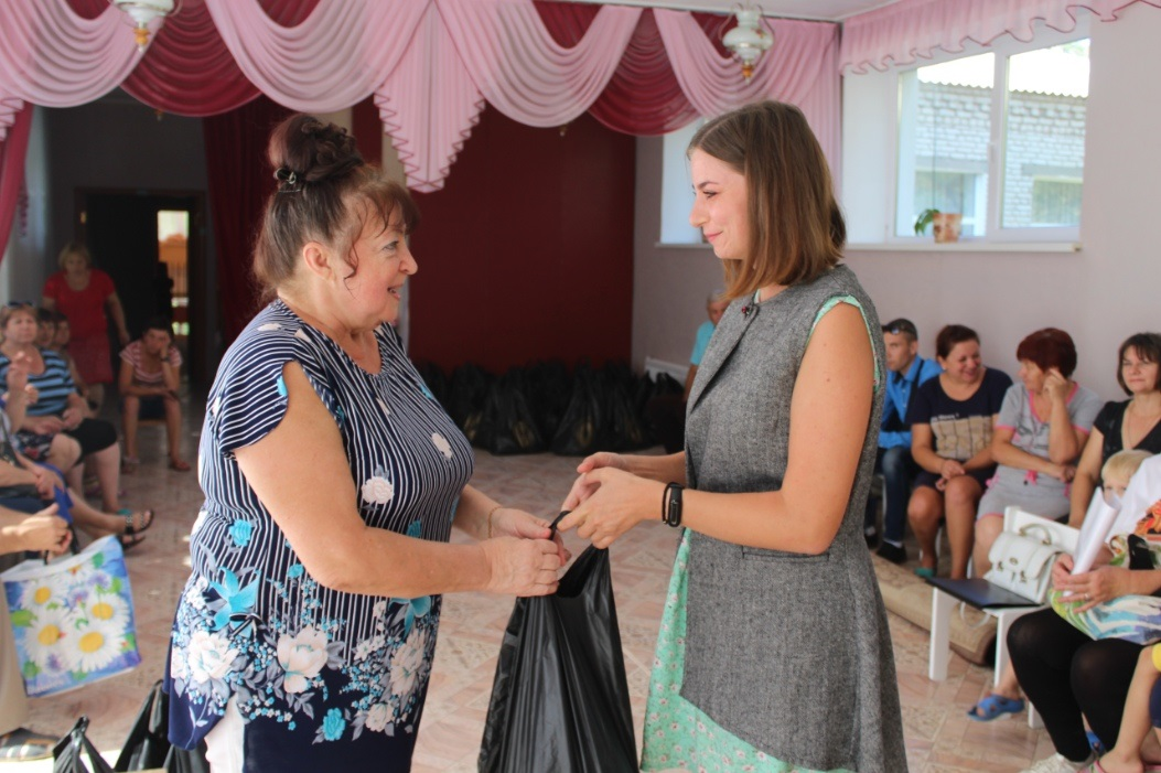 В августе от проекта «Волонтёр» помощь получили более 300 жителей ЛНР 1