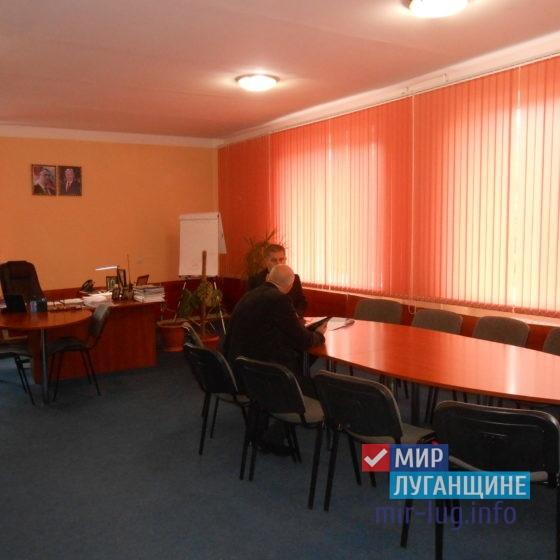 Виталий Михайлов встретился с жителями Перевальска 7