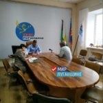 Глава Свердловска взял под свой контроль проблемы жителей города