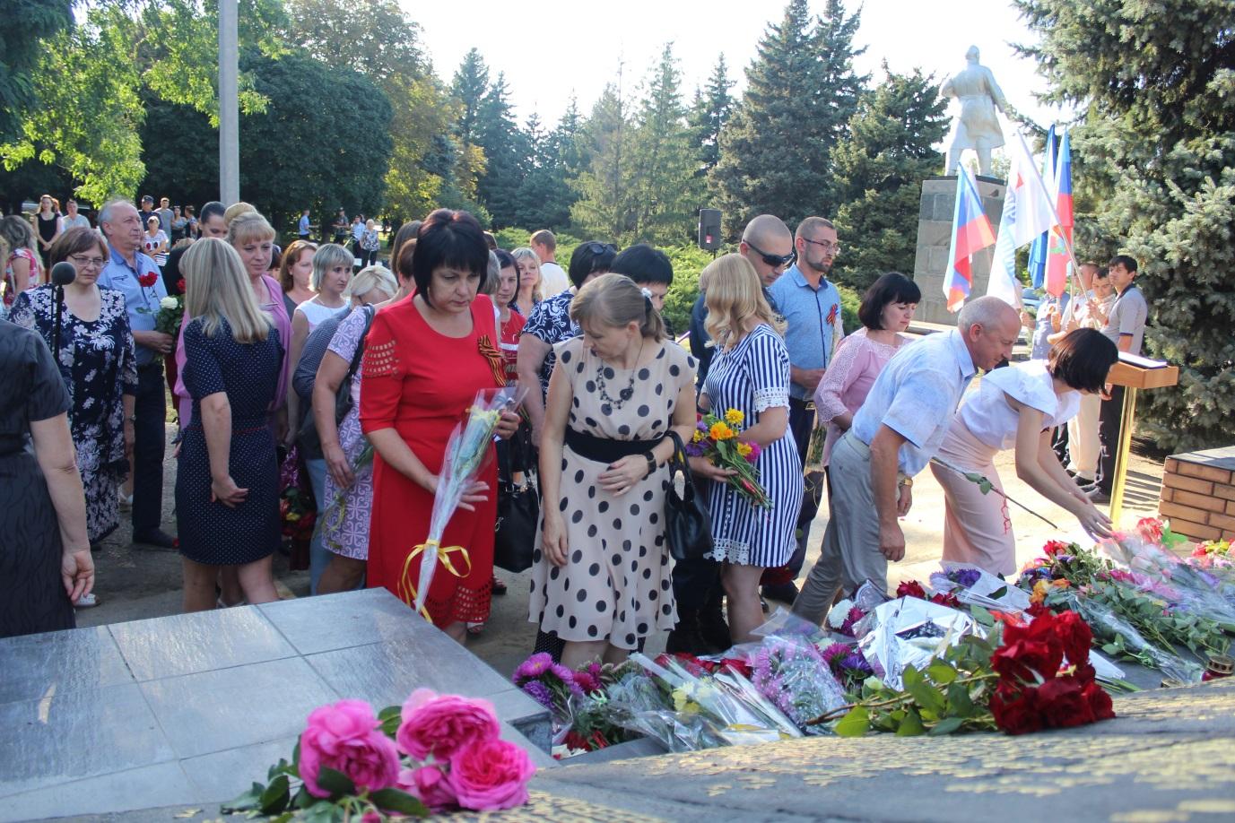 В Славяносербске состоялся митинг, посвященный 76-й годовщине освобождения поселка 1