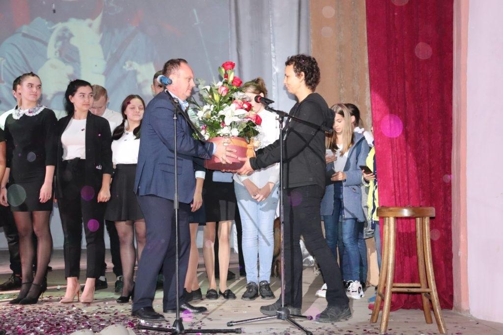 В Перевальске состоялся концерт Юлии Чичериной 5
