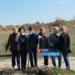 Активисты провели субботник в Петровском сквере