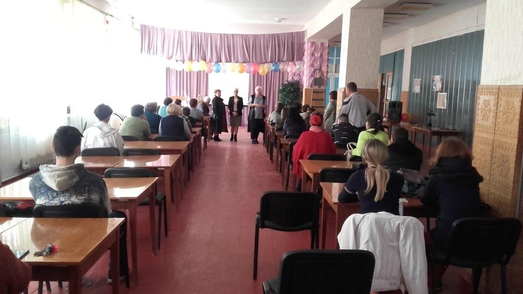 Депутат Народного Совета ЛНР и руководитель Славяносербского теротделения посетили техникум в Славяносербске 2