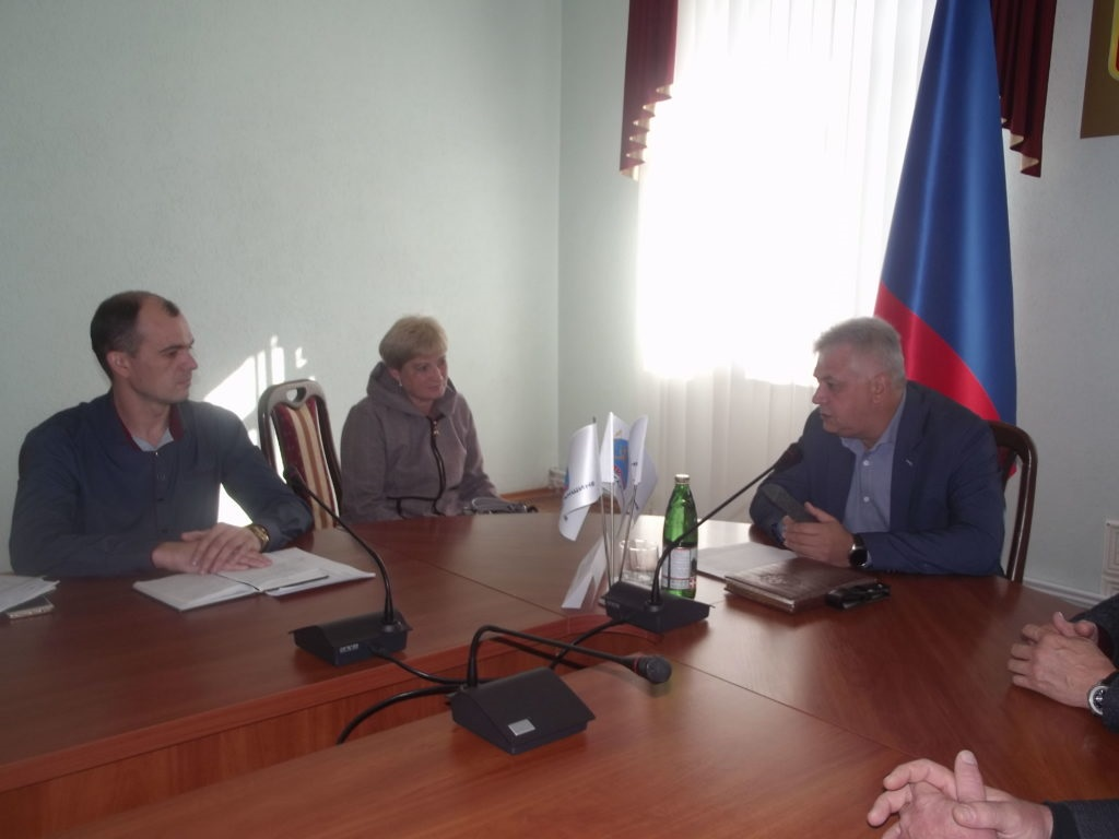Юрий Афанасьевский провел прием граждан в Краснодоне 2