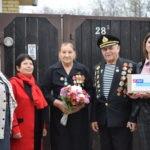Активисты Первомайска поздравили с 98-м днем рождения ветерана Великой Отечественной войны
