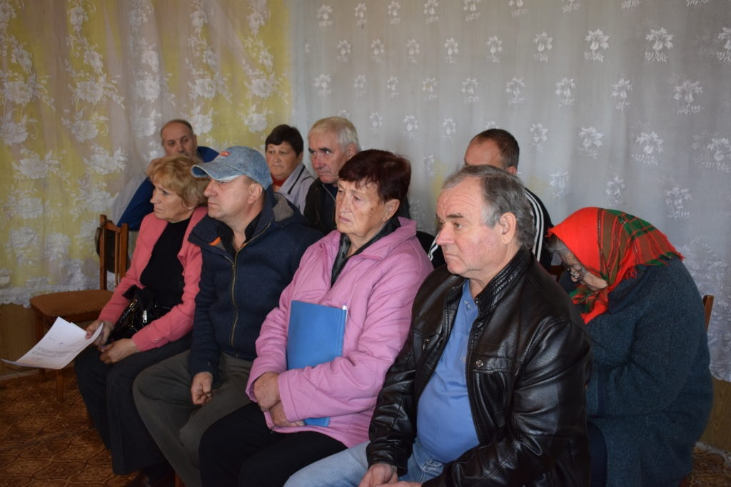 В поселке Донецкий Кировского городского совета состоялся прием граждан депутатом Народного Совета ЛНР 3