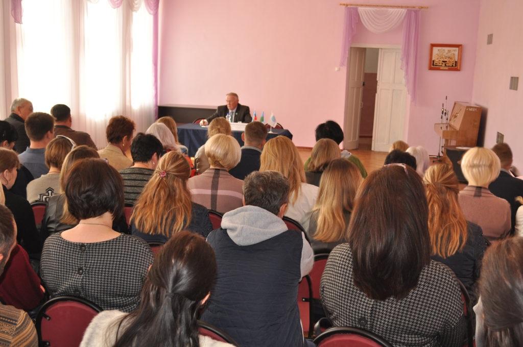 В Брянке состоялась панельная дискуссия на тему «Проблемы ЖКХ, пути решения» 4