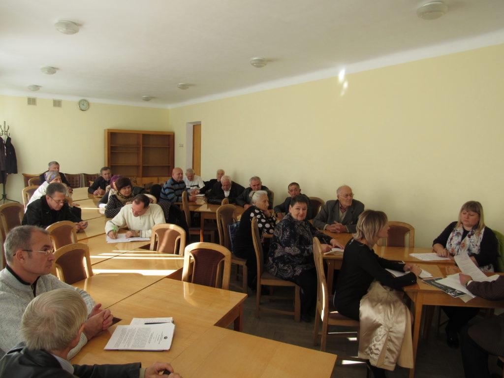 В Стаханове провели заседание президиума городской организации ветеранов 1