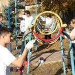 Активисты ОД «Мир Луганщине» провели субботник в Свердловске