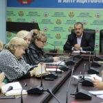 Сергей Саенко провел прием граждан в Антраците