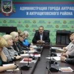 В Антраците прием граждан провел Сергей Саенко