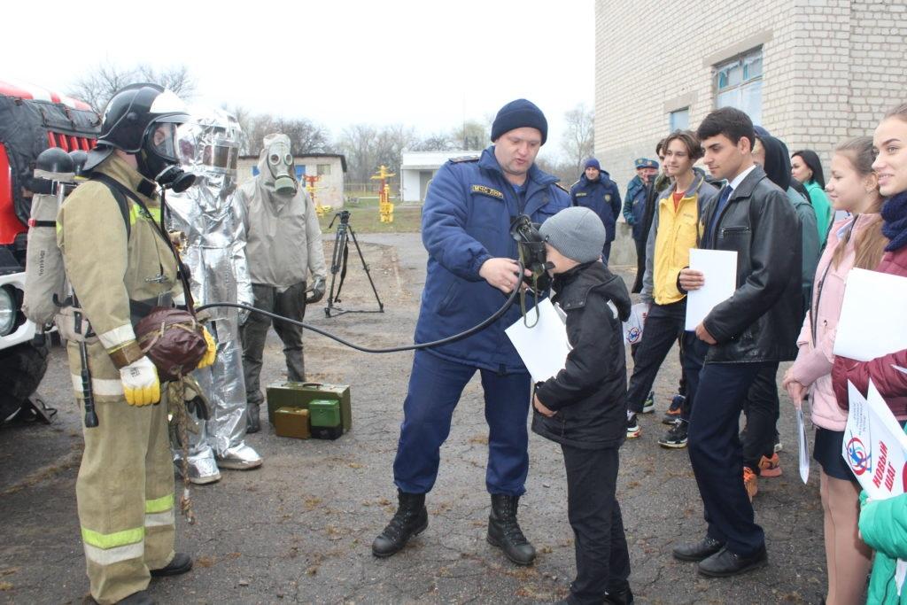 В Славяносербске состоялся Второй районный молодежный форум «Новый шаг» 5