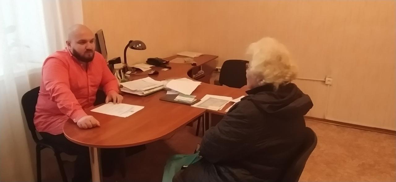 Помощник депутата Народного Совета ЛНР провел прием граждан в Перевальске 1