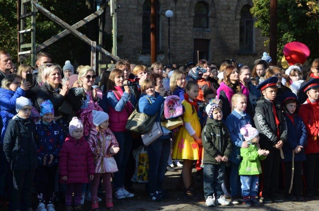 В жилом массиве Завадск в Брянке состоялся Региональный фестиваль народного искусства «Раздолье» 4