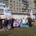 Активисты проекта «Молодая гвардия» ОД «Мир Луганщине» провели субботник в Красном Луче