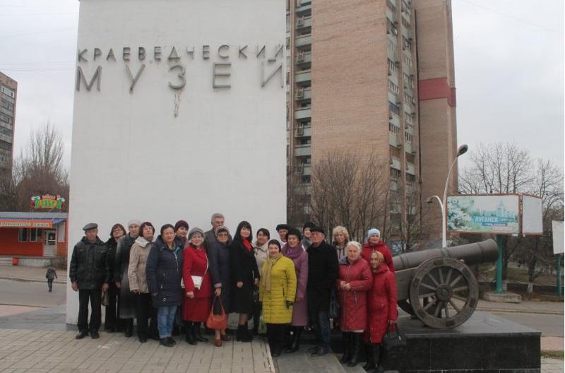 Культурно-развлекательная программа для ветеранов прошла в Луганске 3