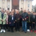 В Лутугино прошла акция, приуроченная 102-й годовщине Октябрьской революции