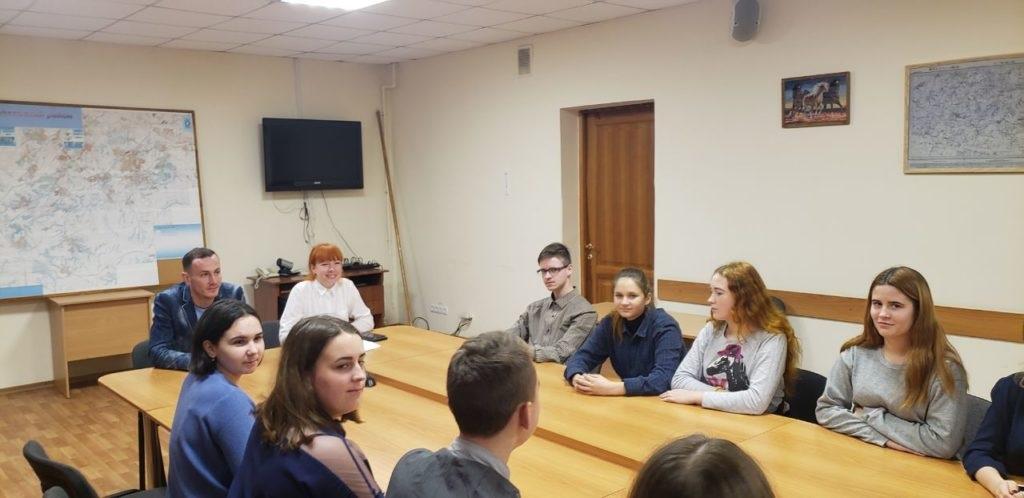 Круглый стол на тему Минских соглашений провели в Перевальске 2