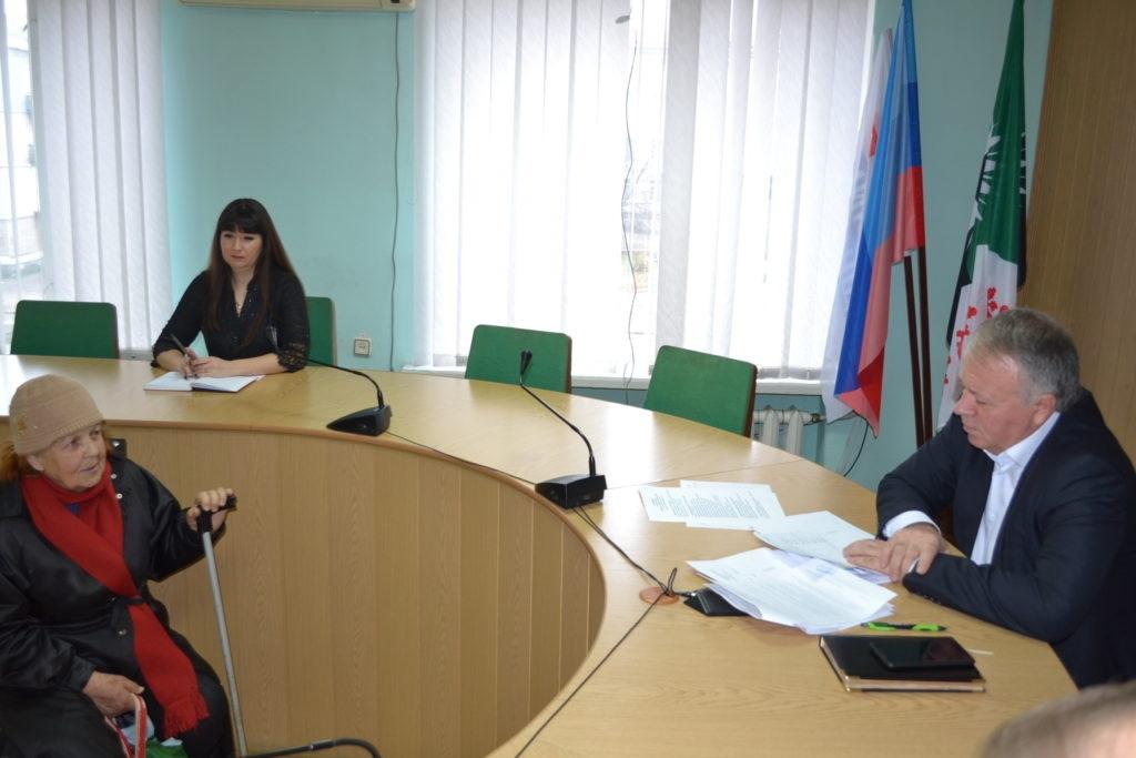 В Ровеньках Сергей Щукин провел прием граждан 2