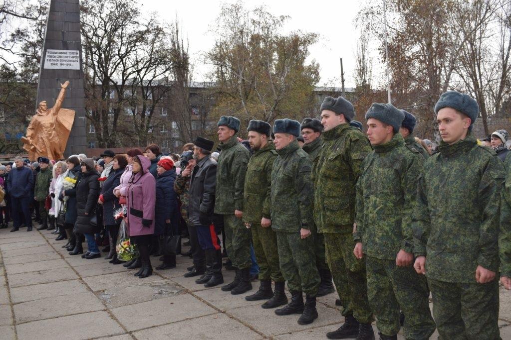 В Кировске прошел митинг посвященный 5-й годовщине первого обстрела ВСУ 3