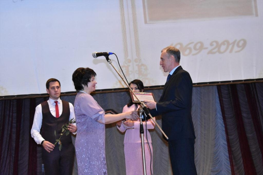 Стахановская школа отметила свой 50-летний юбилей 5