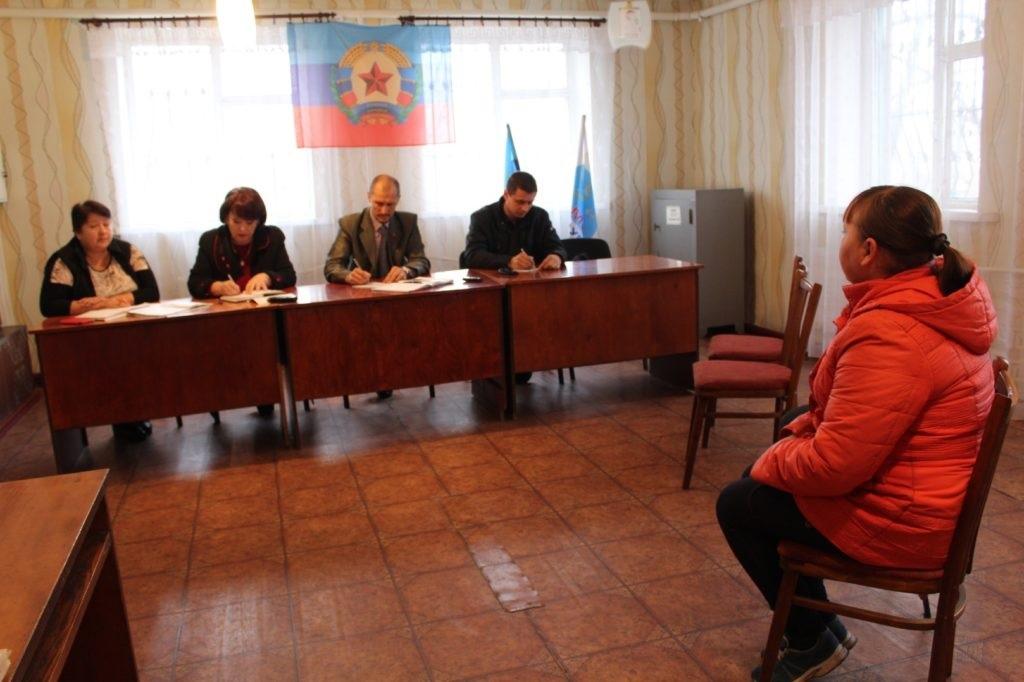 Депутат Народного Совета ЛНР Олег Попов встретился с жителями Кировска 3