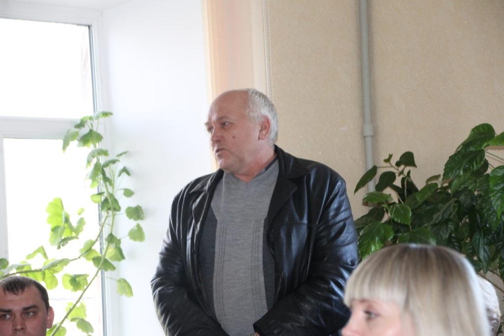 Сергей Саенко встретился с активом первичного отделения в поселке городского типа Ивановка 4