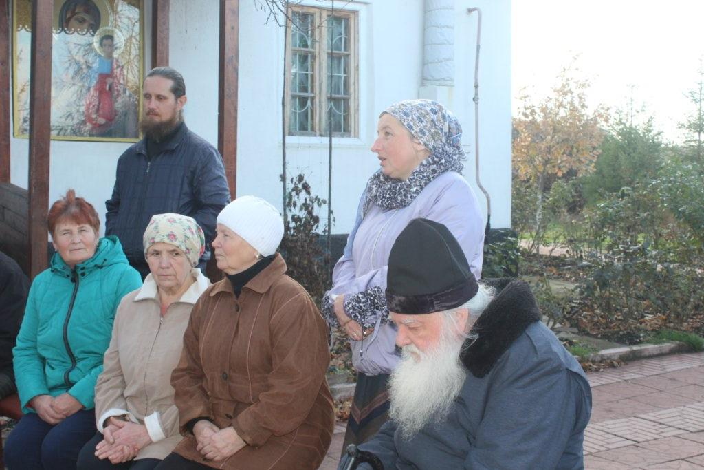 В селе Долгое состоялась встреча Светланы Гизай и Антонины Гречишкиной с жителями прифронтовой территории 4