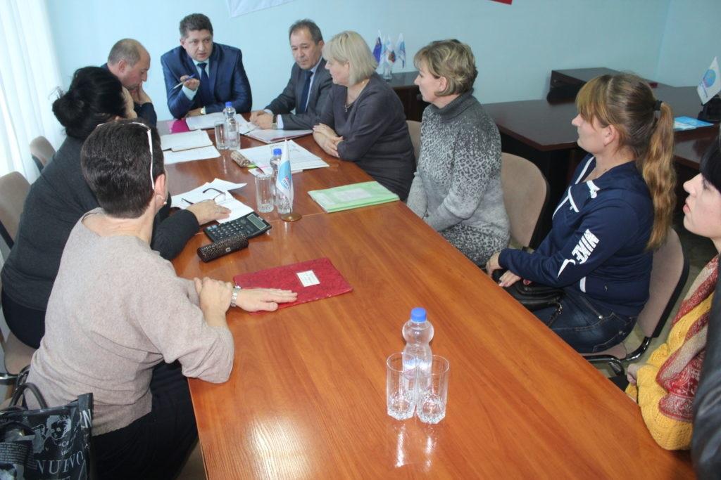 Министр образования и науки ЛНР Сергей Цемкало встретился с жителями Славяносербска 4