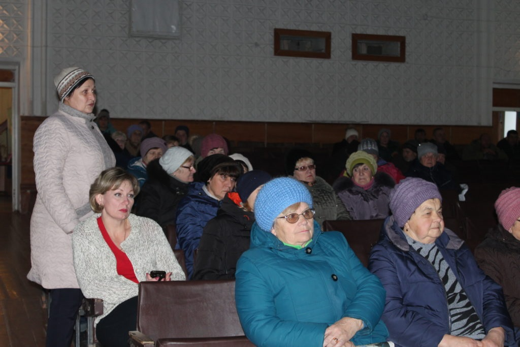 Андрей Лицоев провел прием граждан с жителями прифронтового поселка Фрунзе 3