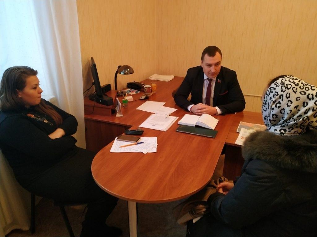 Жители встретились с депутатом Народного Совета ЛНР Владимиром Поляковым в Перевальске 2