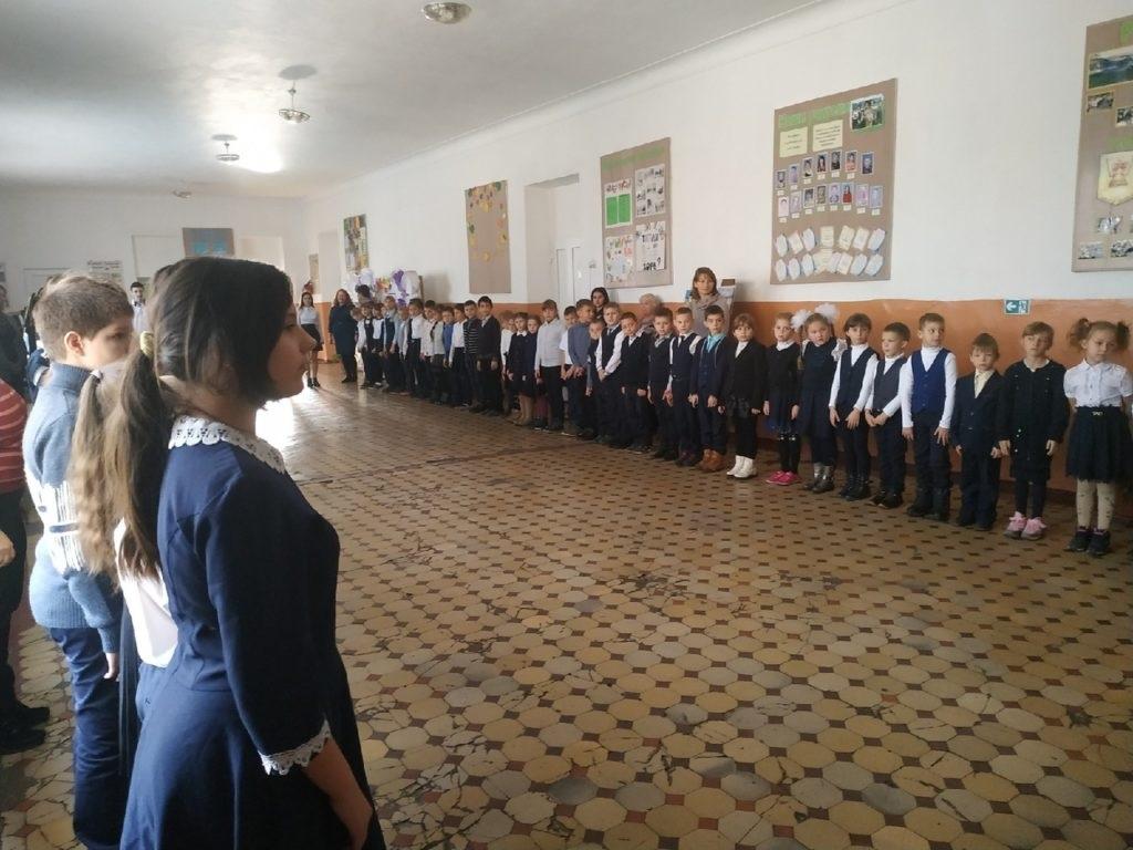 В Чернухино прошло вручение школьной доски приуроченное ко Дню работника образования 4