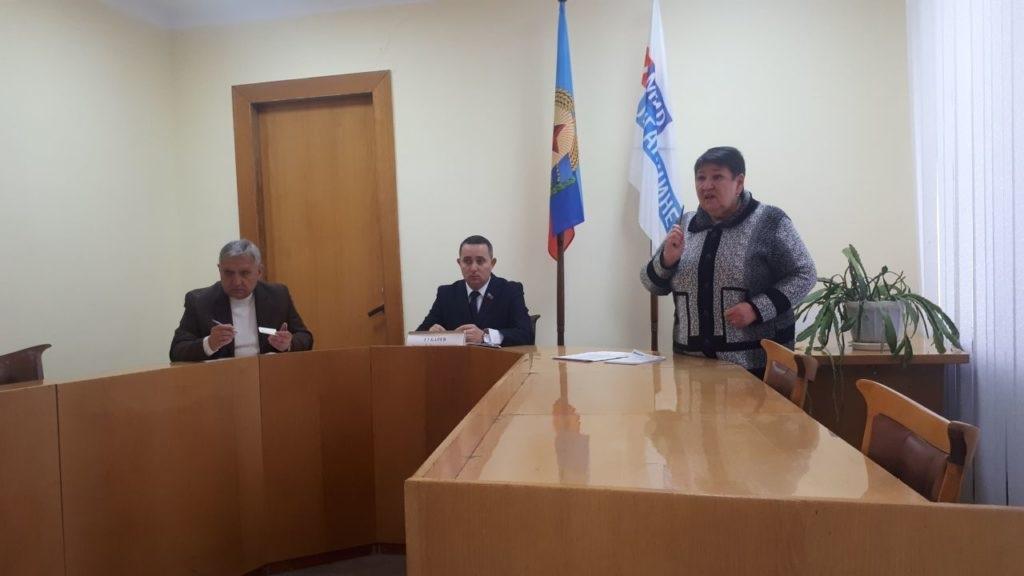 Депутат Народной Совета ЛНР Андрей Губарев посетил Стаханов 6