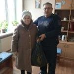 Активисты проекта «Волонтер» помогли продуктовыми наборами нуждающимся жителям Красного Луча