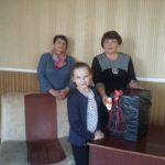 Депутат Народного Совета ЛНР Елена Рахмукова посетила ребенка с инвалидностью в Антраците