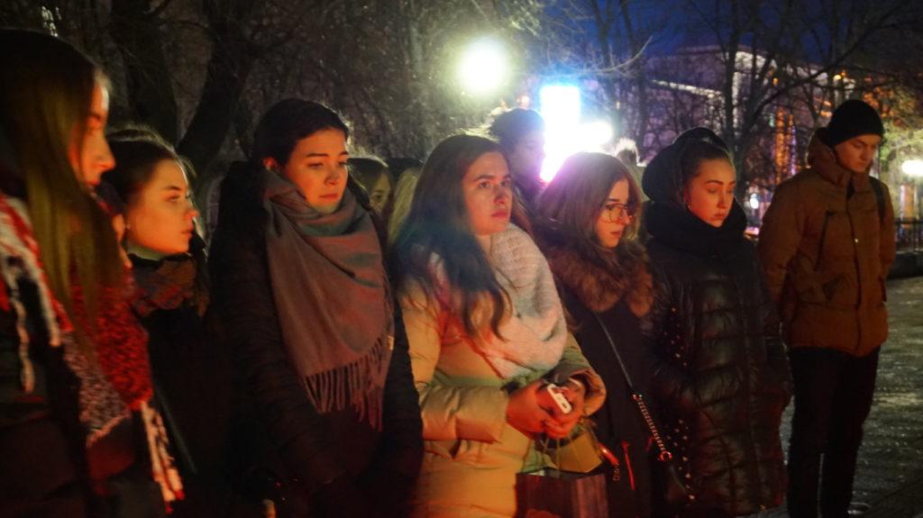 Память неизвестных солдат почтили в Луганске 5
