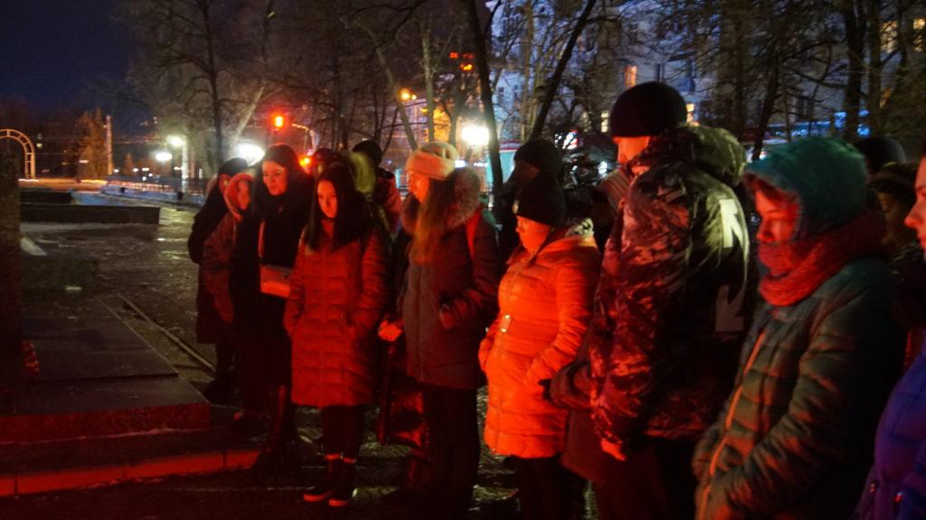 Память неизвестных солдат почтили в Луганске 6