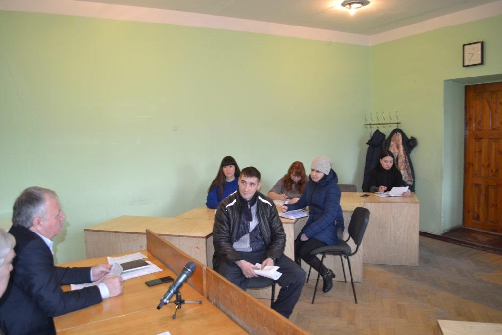 Глава Администрации города  совместно с главным врачом города провели прием граждан в Ровеньках 2