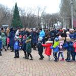 В Ровеньках состоялась торжественная церемония открытия главной новогодней елки города